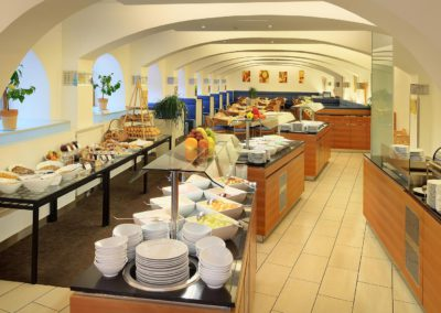 restaurant-buffet-01